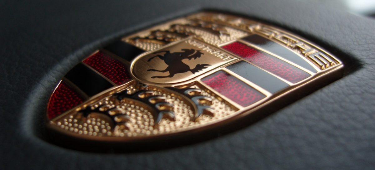 успешный год для Porsche AG