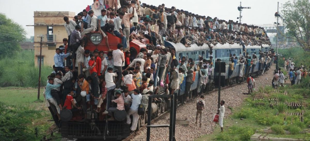 Самые переполненные индийские поезда – безумное экстремальное путешествие
