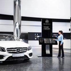 Mercedes-Benz открыл в России ультрасовременный Brand Store