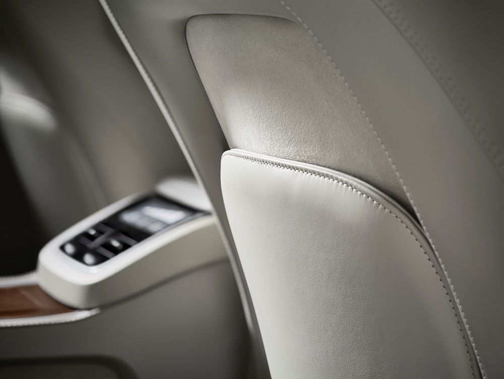 179523_volvo_xc90_excellence_interior