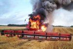 Болотные Монстры: Смерть Тракторов, Комбайнов и Грузовиков в грязи и огне