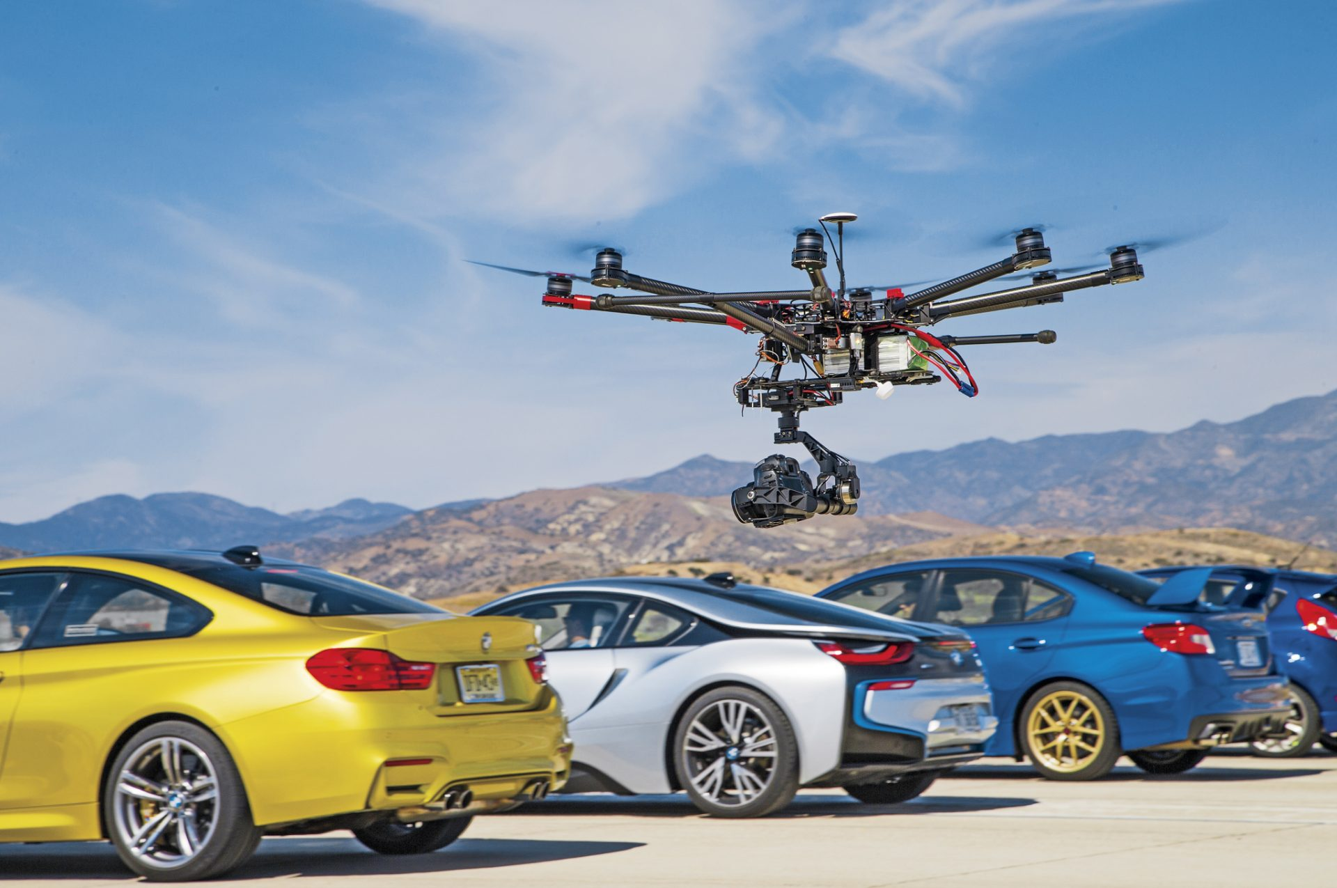 semka-s-drona-avtomobilej
