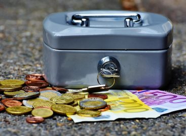 Daimler прогнозирует снижение прибыли из-за увеличения расходов