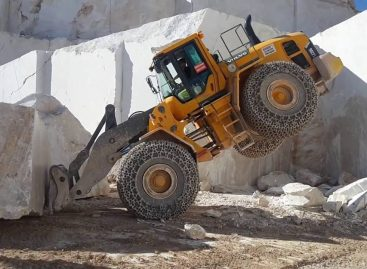 Мега машины — Добыча гранита: Экскаватор, Погрузчик, Бульдозер и Трактор