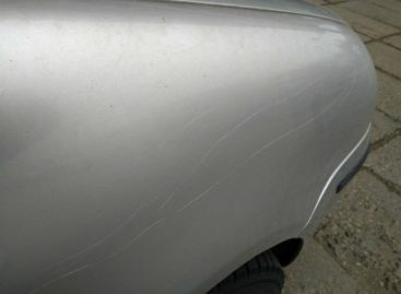 Минчанин ночевал в авто, чтобы выследить злоумышленника, который царапает его машину