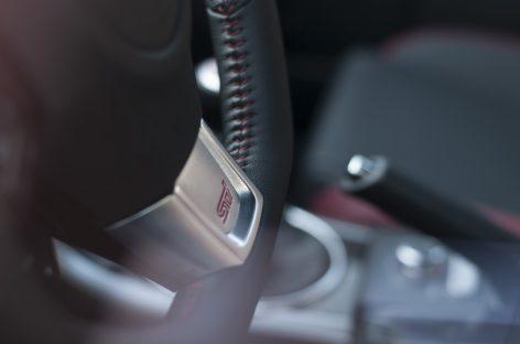 Почему надо ставить авто на ручник