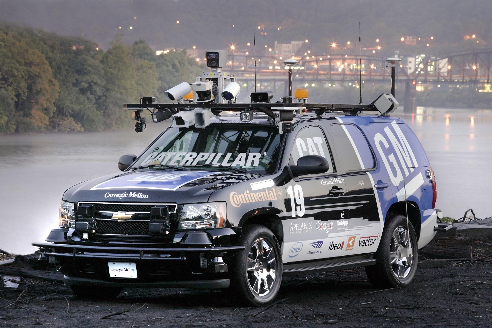 Беспилотный автомобиль DARPA