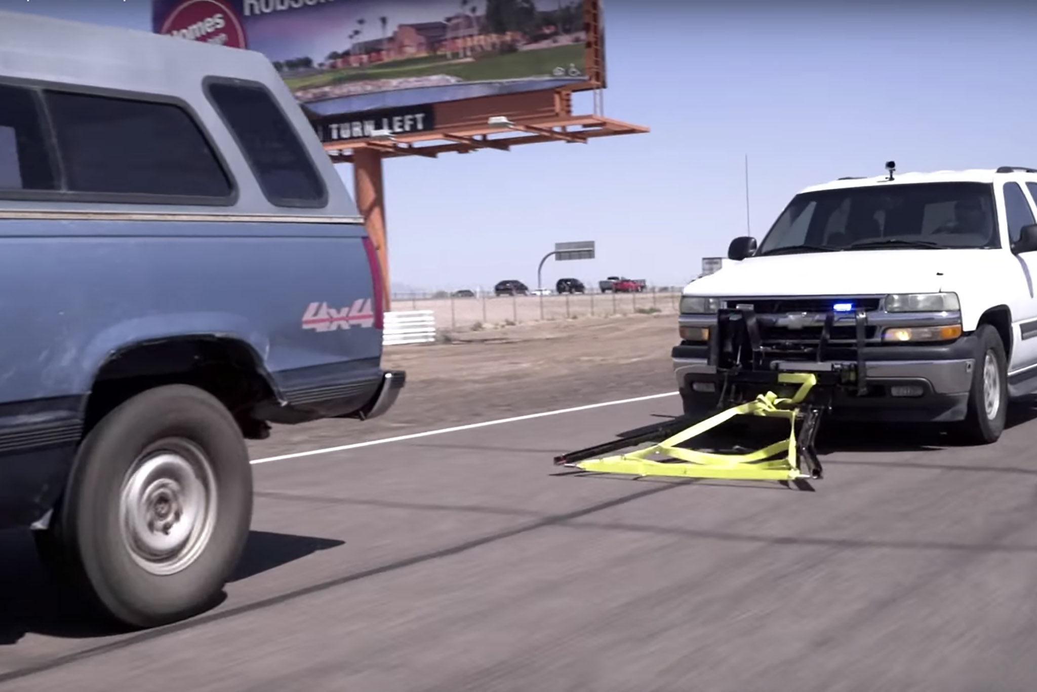 Grappler-Police-Bumper-chase