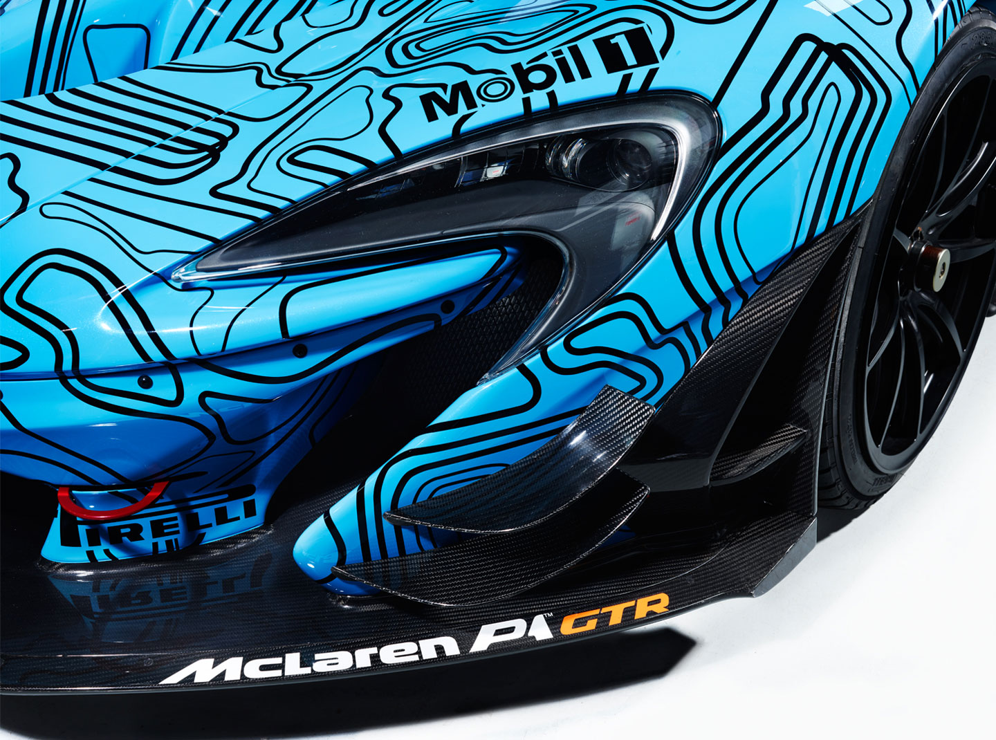 McLaren-P1-GTR-Workshop-4