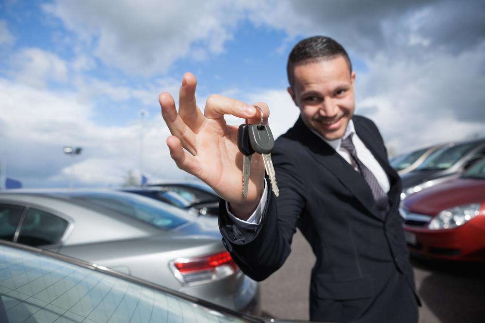 Ритейлер Wal-Mart совместно с платформой CarSaver установят киоски с предложениями о продаже машин