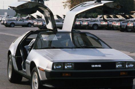Англичанин на DeLorean чуть не улетел в прошлое. Полиция помешала.