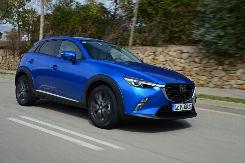 05-Foto-Mazda-CX-3-2015-2016-vid-sboku