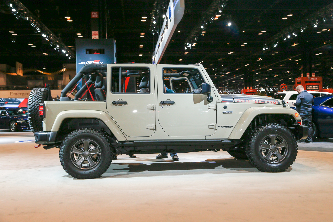 2017-Jeep-Wrangler-Rubicon-Recon-1