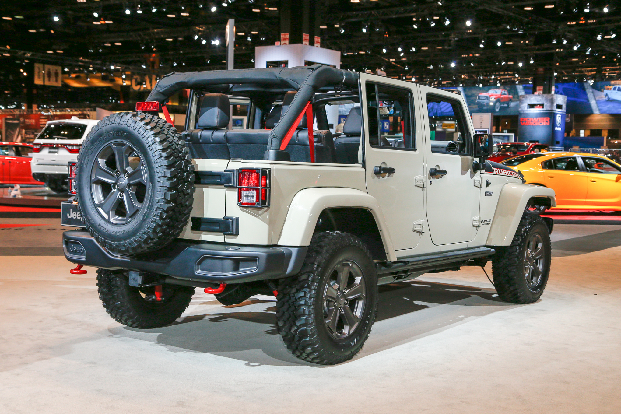 2017-Jeep-Wrangler-Rubicon-Recon-rear-three-quarter-1