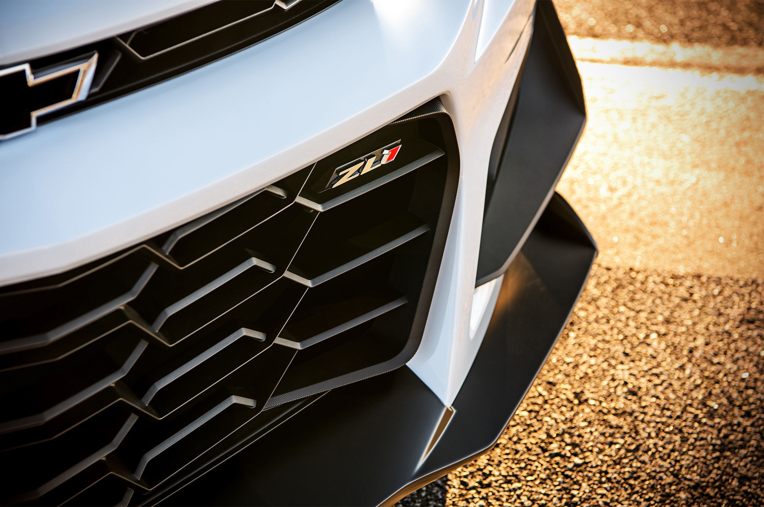 2018-Chevrolet-Camaro-ZL1-1LE-grille