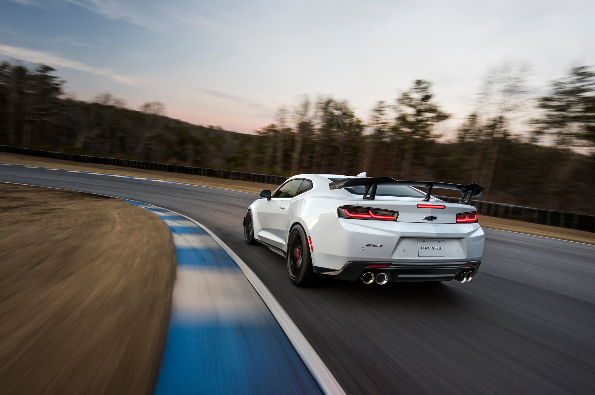 2018-Chevrolet-Camaro-ZL1-1LE-rear-three-quarter-in-motion