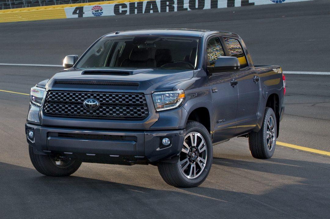 2018-Toyota-Tundra-TRD-Sport-front-three-quarter