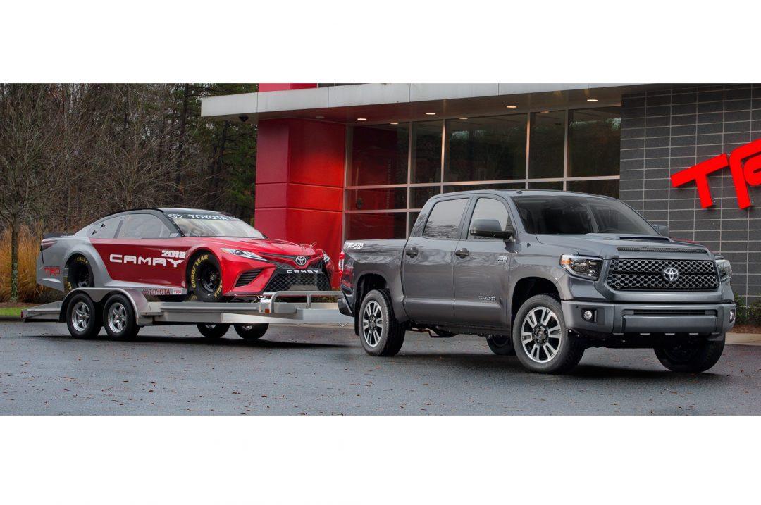2018-Toyota-Tundra-TRD-Sport-tow
