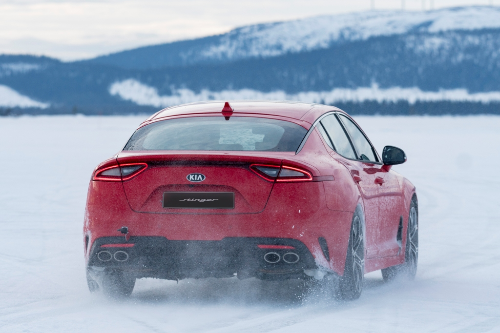 Kia Stinger Winter Testing_2