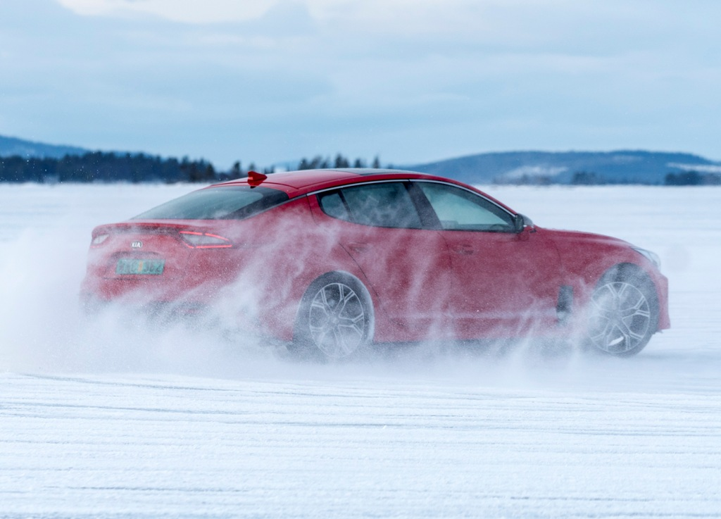 Kia Stinger Winter Testing_3