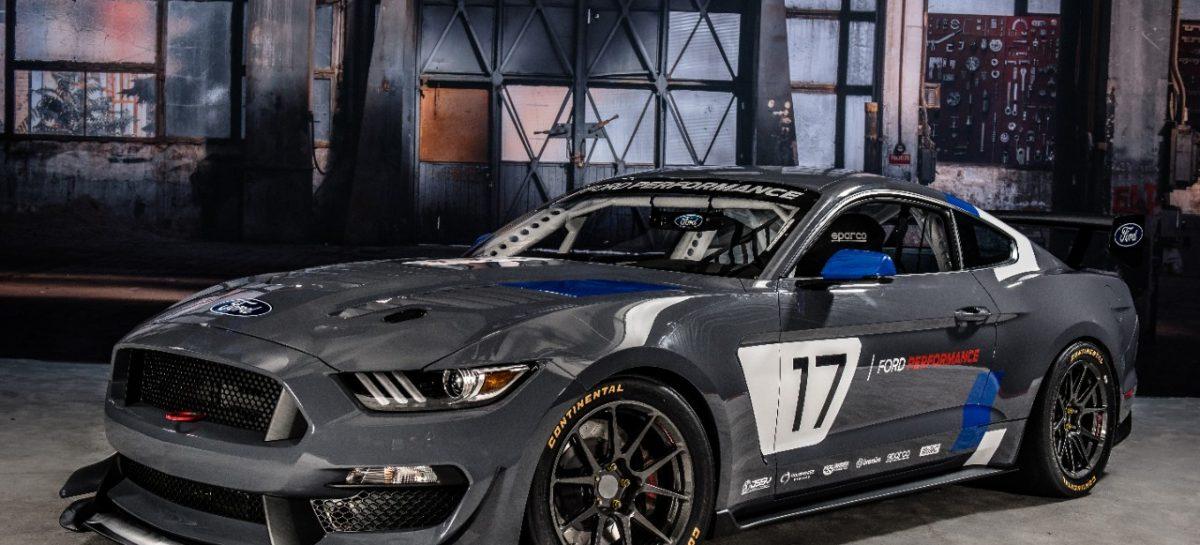 Советы от Ford по подаркам на 23-е