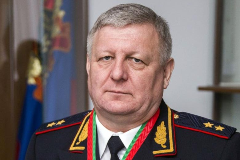 Начальник ГУ МВД России по Кемеровской области Юрий Ларионов