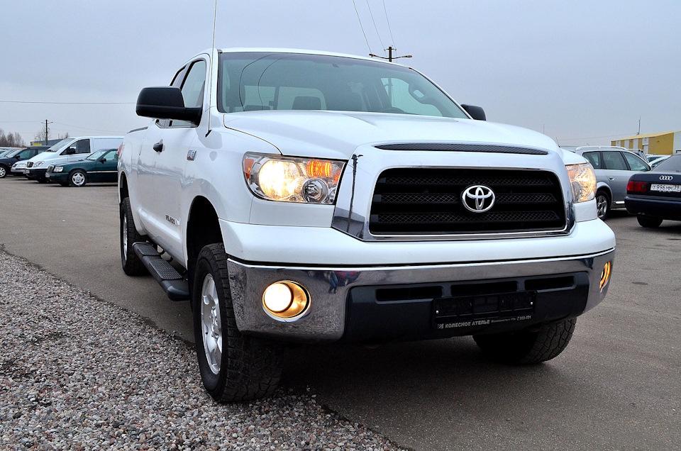 Toyota-Tundra-1