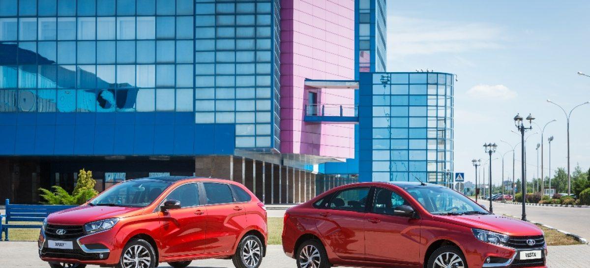 LADA Vesta и XRAY в январе увеличили продажи