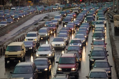 """Москва стала второй в рейтинге самых """"пробочных"""" городов мира"""