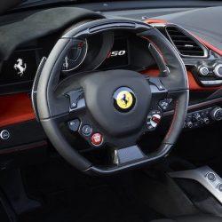 Ferrari обвиняется в скручивании пробегов своих спорткаров