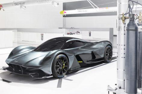 Michelin обует гиперкары Aston Martin Valkyrie
