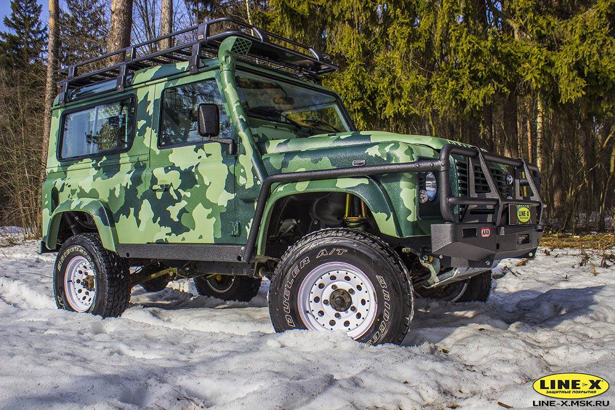 Land-Rover-Defender-camo-7