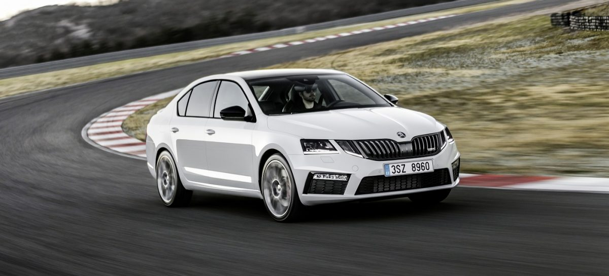 Škoda: российские цены на новые Octavia Scout и Octavia RS