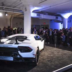 Премьера суперкара Lamborghini Huracán Performante