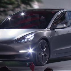 В Австралии хозяйка угнанной Tesla издевалась над преступниками — удалённо опускала окна, сигналила и снижала скорость