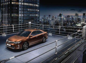 Toyota представляет в России обновленную Camry