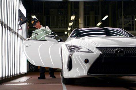 Lexus начинает производство нового LC