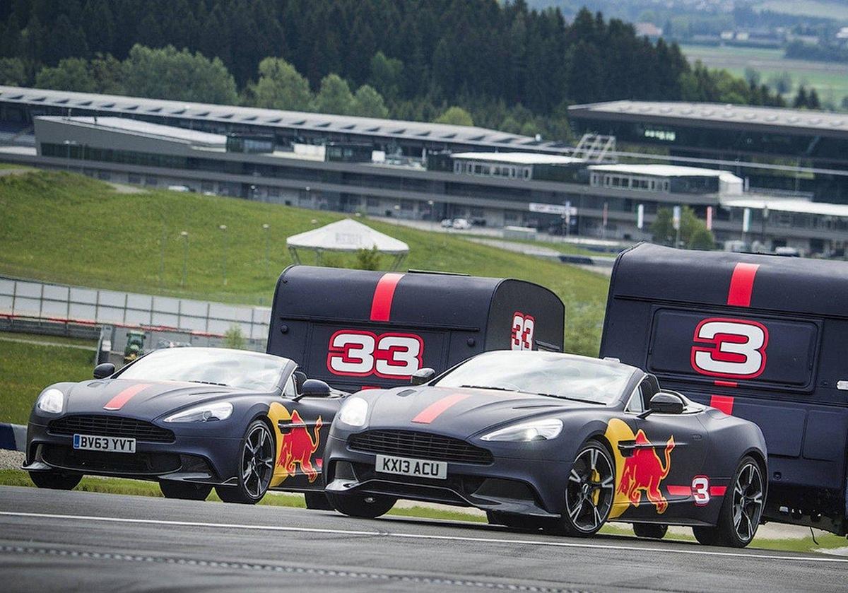 Гонки с прицепами пилотов F1