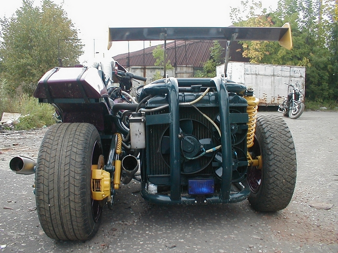 Мотоцикл с двигателем от ГАЗ-53