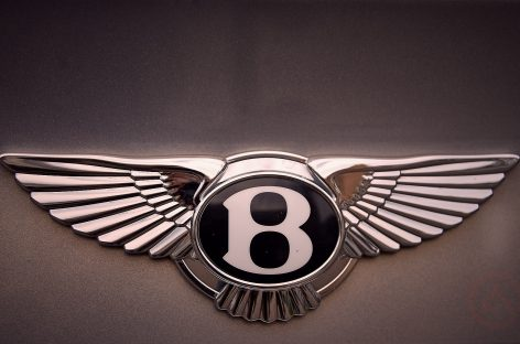 У рабочего завода украли Bentley в день покупки