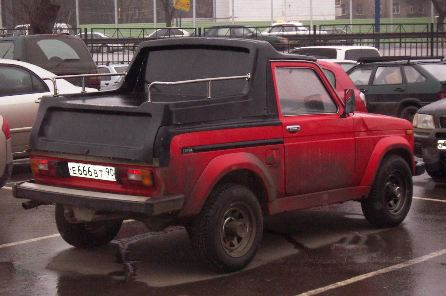 Deutsche Lada Niva Cabrio