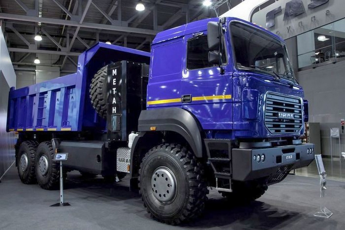 Урал-6370 CNG 2017