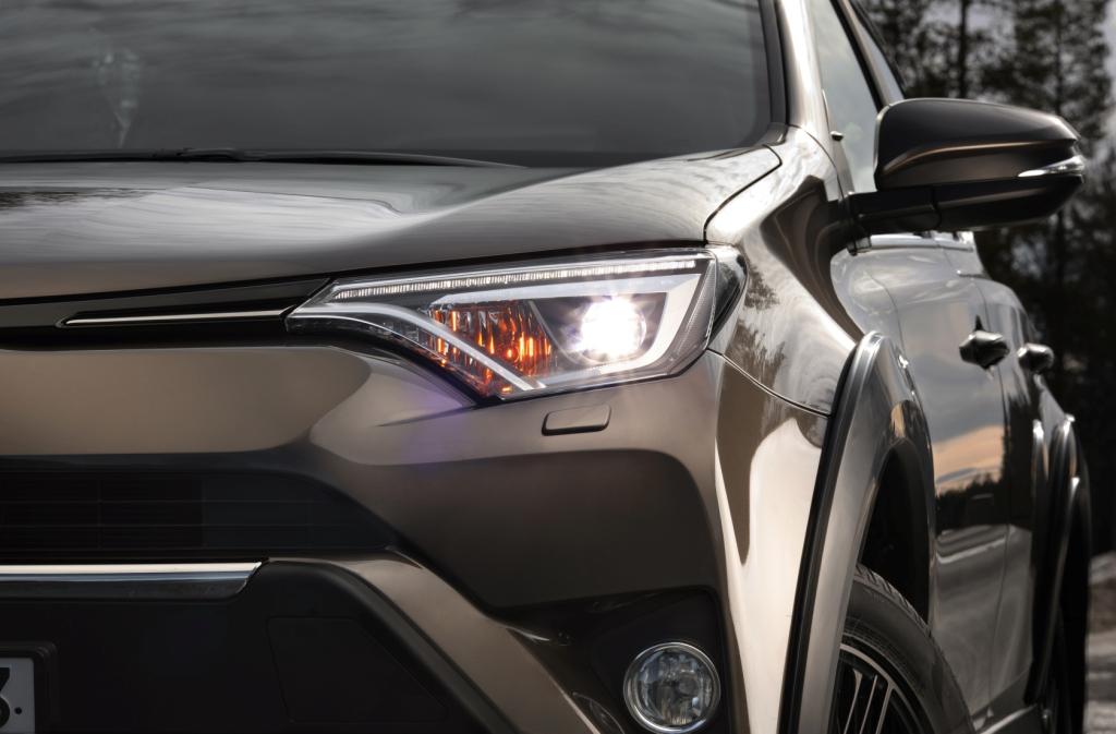 Toyota RAV4_4