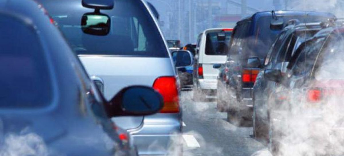 Ученые оценили риск для здоровья водителя в час пик