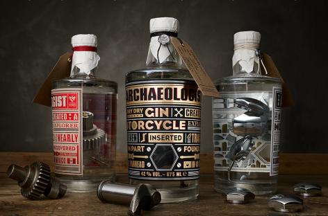 Детали Harley-Davidson стали выпускать в бутылках…
