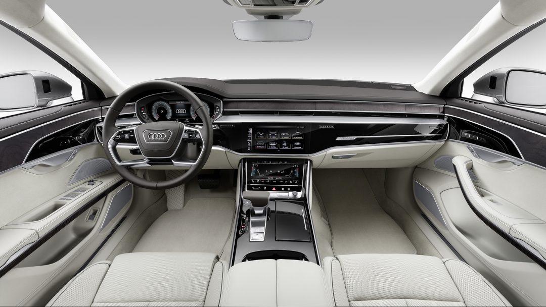 Audi A8 салон