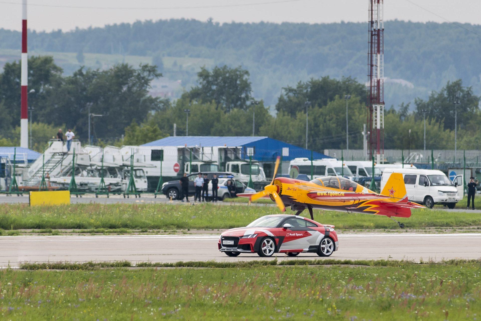 Audi фестиваль скорости на МАКС
