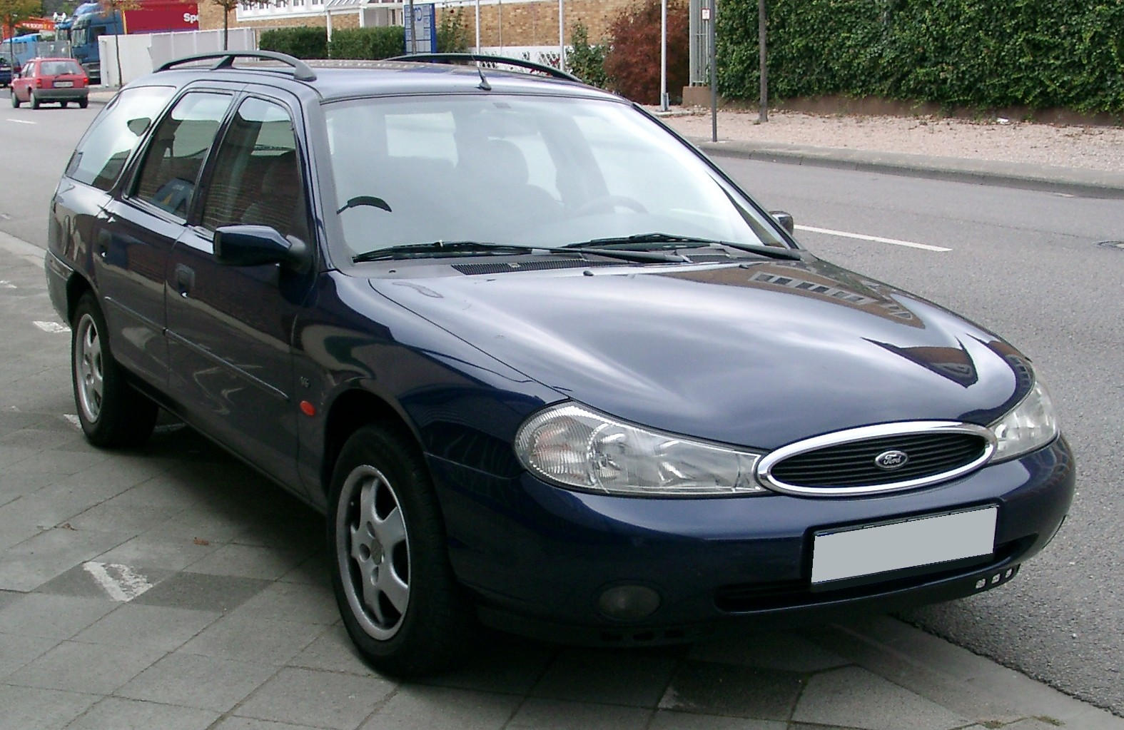 Ford Mondeo 2 II Turnier