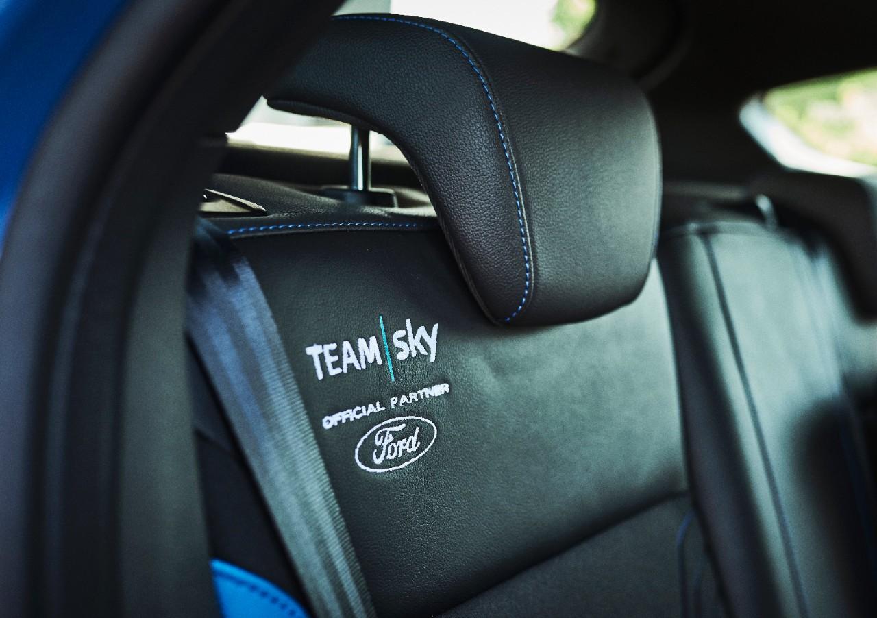 Ford_2017_FOCUS_RS_TeamSky_13