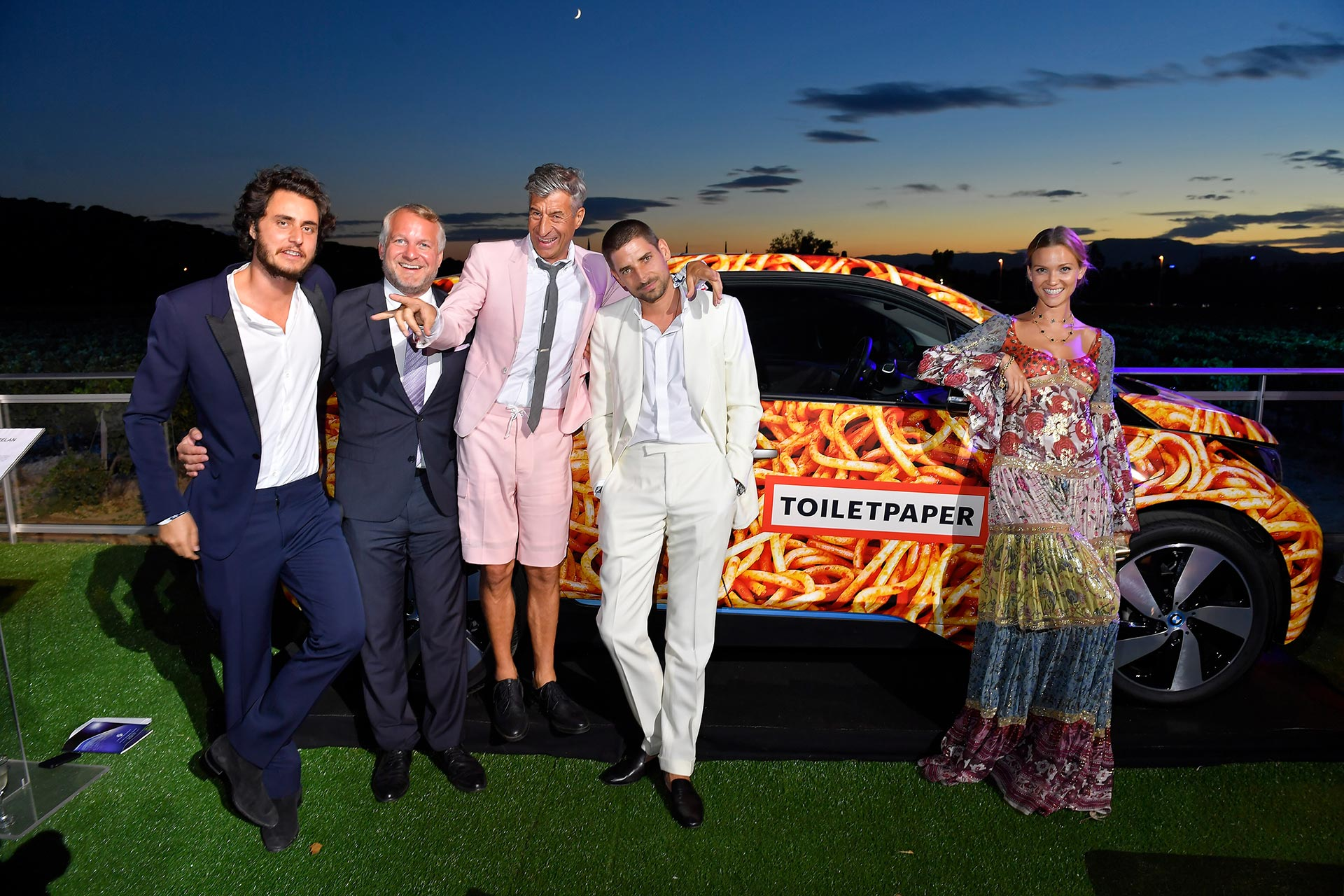 спагетти-кар BMW I3 и звездные гости